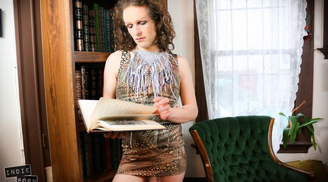 Penelope-Foxx-library-0564